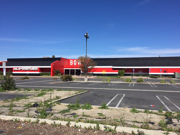 <strong>Planning Commission Update: AMF Lanes wins exterior paint job appeal</strong>