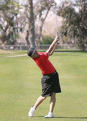 <strong>Eagle golfer makes flight to Whittier</strong>