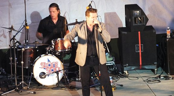 <strong>Stone Soul has 'em rocking at Ramona Bowl</strong>