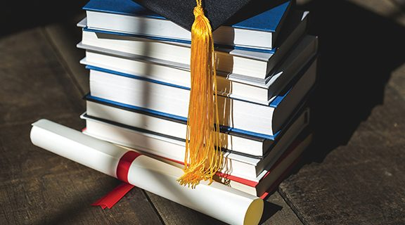 <strong>How to Recognize and Avoid College Scholarship Scams</strong>