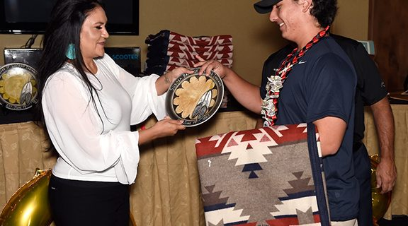 <strong>Tribal Council honors student scholars</strong>