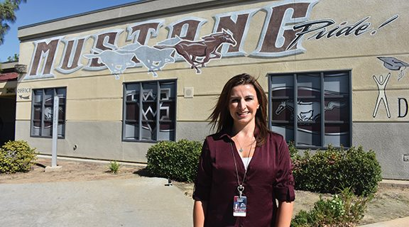 <strong>HUSD honors staff member for excellence</strong>