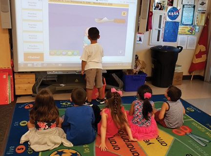 <strong>SJUSD introduces dual language academy</strong>