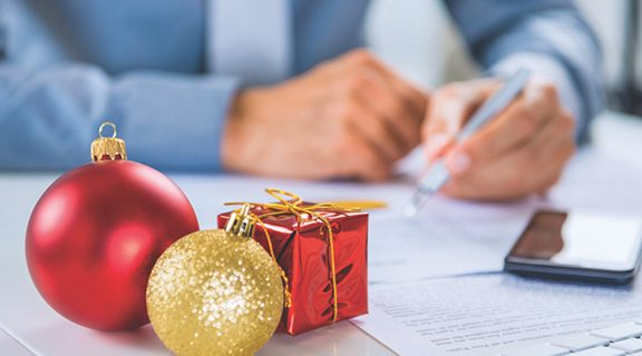 <strong>Workplace gifting etiquette: get giving right</strong>