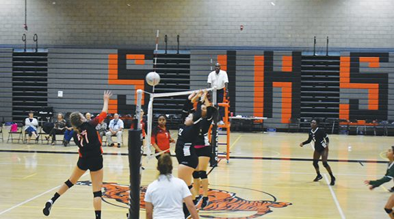 <strong>Lady Tigers outlast the Titans</strong>