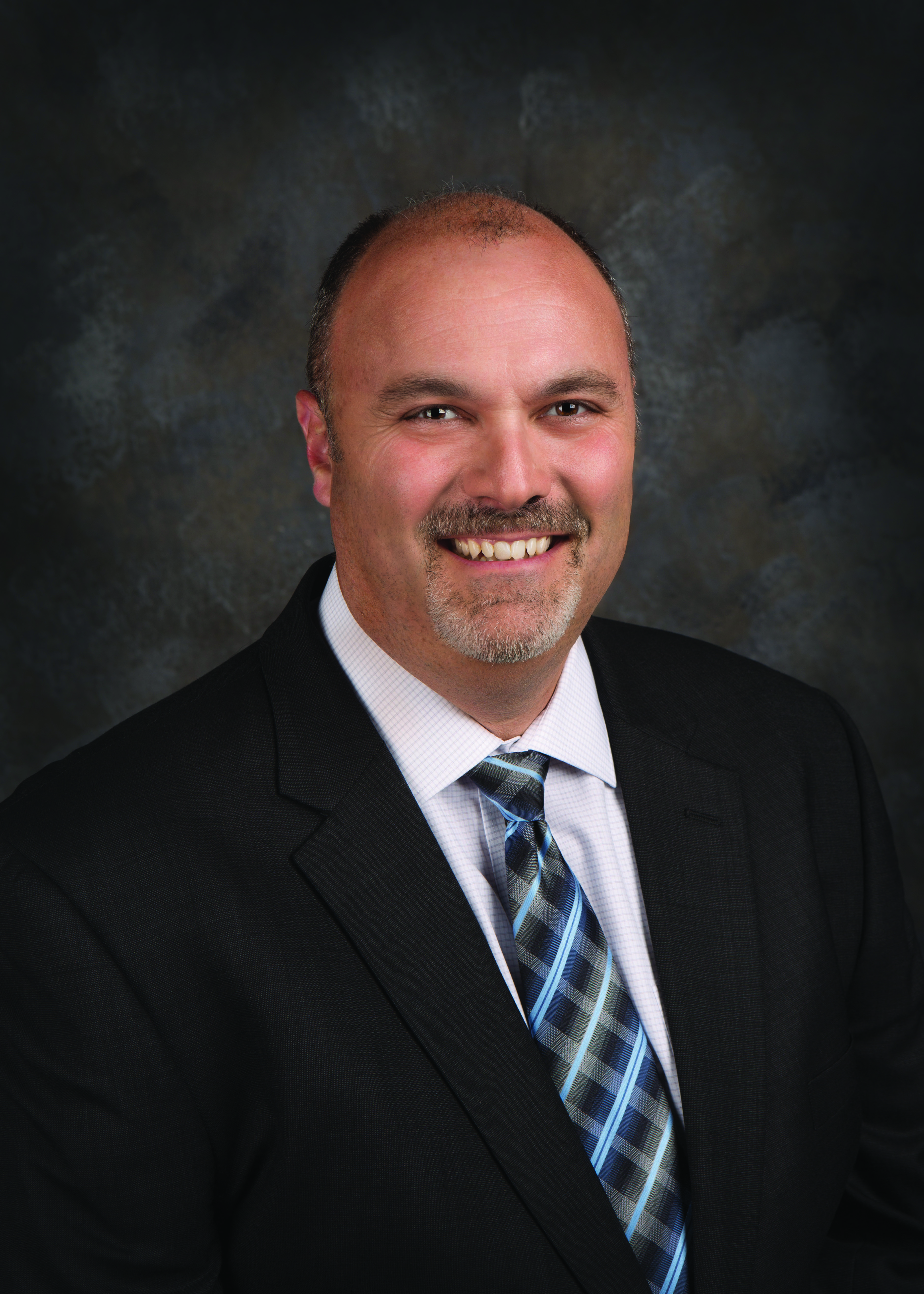HUSD welcomes Superintendent of Business Services