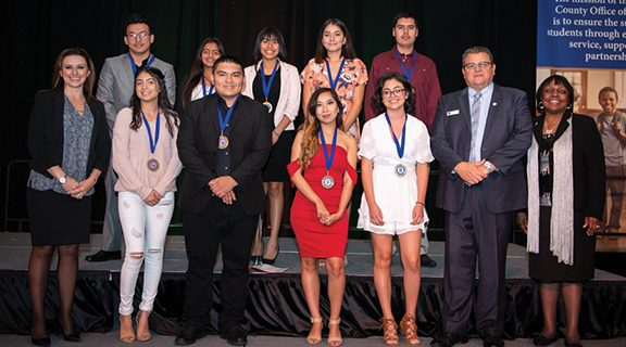 <strong>Hemet Unified students receive seal of multiliteracy</strong>