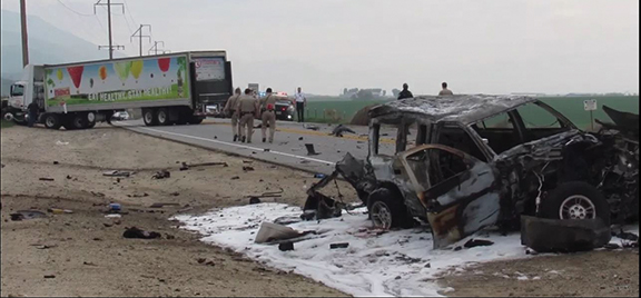 <strong>Two die in separate  San Jacinto-area crashes</strong>