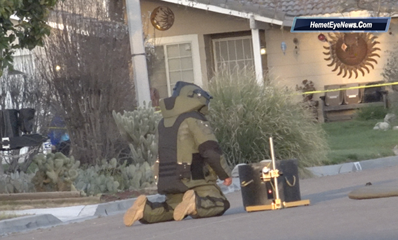Bomb scare in Hemet evacuates residents out of their homes